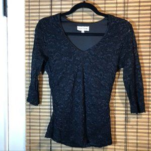 Harlow black stretchy lace 2/3 sleeve top - M